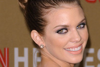 Annalynne-mccord-hair-and-makeup-for-an-evening-look-side